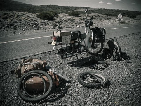 Barrancas - On road repairs, Argentina