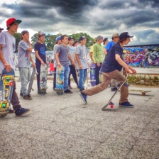 We met up at a plaza that was filled with skaters getting their sunday skate.